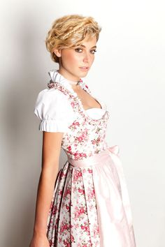 Dirndl Hairstyles Short Hair Guide Ideas - Short Hair Dirndl hairstyles Short hair guide ideas, women and men come with the style of 2017 hairstyles short. Hair Styles 2016, Medium Hair Styles, Short Hair Styles, Open Hairstyles, Hairstyle Short, Beautiful Hairstyles, Braided Hairstyles, Dirndl Dress, Maid Dress
