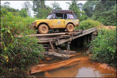 Troubled bridge over water Range Rover Classic, Range Rovers, Range Rover Sport, Off Road Truck Accessories, Land Rover Off Road, Overland Truck, Expedition Vehicle, Land Rover Defender, Toyota Land Cruiser
