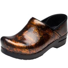 Looking for Dansko occupational medical shoes at Advance Healthcare Shop. Leather Clogs, Patent Leather, Stethoscope, Medical, Pairs, Shopping, Shoes, Fashion, Moda