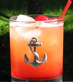 Honolulu Hammer: Vodka, Pineapple Rum, Amaretto, Pineapple Juice, Grenadine