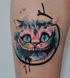 Pretty watercolor tattoo art of Cheshire Cat motive from Alice in Wonderland done by tattoo artist Aleksandra Katsan Dope Tattoos, Leg Tattoos, Body Art Tattoos, Small Tattoos, Tatoos, Sailor Moon Tattoos, Disney Tattoos, Alice Tattoo, Tattoo Gato