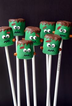 Frankenstein Marshmallow Pops #recipe #halloween