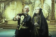 The Emperor and the Reverend Mother of the Bene Gesserit