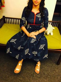 Different types of kurtis designs - Easy Craft Ideas Churidar Designs, Kurti Neck Designs, Kurta Designs Women, Blouse Designs, Dress Designs, Salwar Pattern, Kurti Patterns, Dress Patterns, Indian Outfits