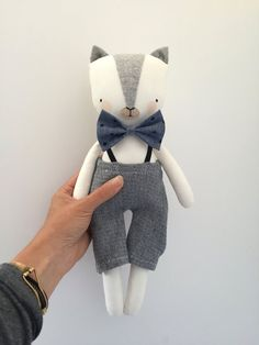 Cats Toys Ideas - luckyjuju kitten doll boy by luckyjuju on Etsy - Ideal toys for small cats Sewing Toys, Baby Sewing, Toys For Boys, Kids Toys, Diy Bebe, Ideal Toys, Fabric Animals, Creation Couture, Little Doll