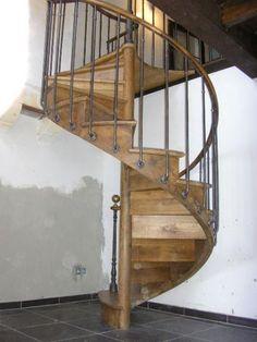 Escalier en colima on en acier et bois spir 39 d co bistrot marches type - Escalier en colimacon ...