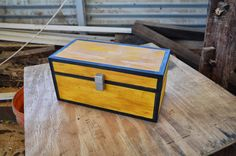 real life minecraft double chest made of wood by thereturnofthewill on deviantART . Minecraft Real Life, Minecraft Box, Amazing Minecraft, Cool Kids Rooms, Kids Room Paint, Kids Room Shelves, Kids Room Curtains, Kids Room Lighting, Kids Room Furniture