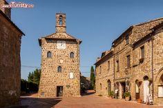 TOSCANA Sovana, piccolo ed intatto borgo medioevale