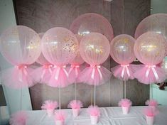 Easy to make DIY baby shower balloon centerpieces. Make it and your Baby Shower guest will sure be impressed by your creativity and eagerness to create great decoration for your child Baby Shower ❤ Idee Baby Shower, Mesas Para Baby Shower, Baby Shower Gifts, Babby Shower Ideas, Baby Shower Pink, Girl Baby Showers, Ballerina Baby Showers, Diy Shower, Shower Favors