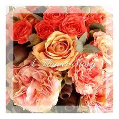 Summer roses Debut Party, Gardenias, Planting Flowers, Rustic Wedding, Beautiful Flowers, Roses, Romantic, Landscape, Plants