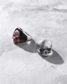 Skull rings for men.