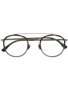 f38133f39c23 You ll find a great selection of designer glasses frames online. Search the  best women s designer glasses frames from over 2000 designers at Farfetch