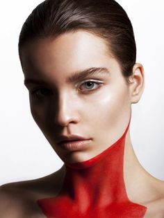 Photo: Vasilis Topouslidis  Makeup: Katerina Theofilopoulou
