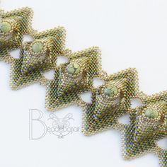 Diamond Pillows Bracelet by Beadebonair on Etsy