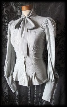 Grey Fitted Pinstripe Puff Sleeve VICTORIAN GOVERNESS Pussy Bow Blouse 6 8 Goth - £29.00