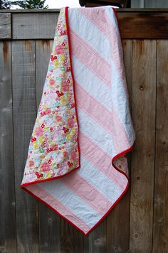 Modern Stripe baby quilt. Made to order by YevaPetrovna on Etsy