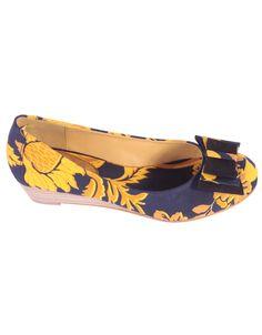 """Bailarina estampado amarillo http://www.nizaonline.com/es/primavera-verano-2013/mujer/calzado/#{""""product"""":""""373""""}"""