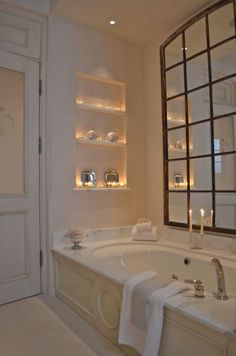 Best Bath Room Door With Window Mirror Ideas Eclectic Bathroom, Bathroom Interior, Small Bathroom, Bathroom Marble, Bathroom Ideas, Master Bathroom, Design Bathroom, Bath Design, Bathroom Tubs