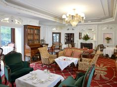 Drawing Room Vs Parlor Elegant Prince Of Wales High Tea at Prince Of Wales Hotel In Vintage Hotels, Prince Of Wales, Drawing Room, Cool Chairs, Nursery Room, Girl Room, Chair Design, Modern Decor, Living Room Decor
