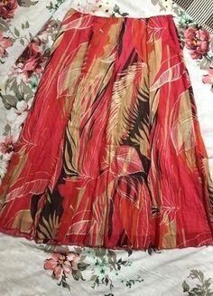 Kupuj mé předměty na #vinted http://www.vinted.cz/damske-obleceni/midi-sukne/12007987-pestrobarevna-sukne-znacky-principles-petite