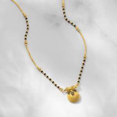Gold Chain Design, Gold Bangles Design, Gold Jewellery Design, Gold Jewelry, Beaded Jewelry, Women Jewelry, Gold Necklace, Gold Mangalsutra, Mangalsutra Design