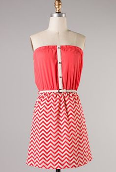 sincerely sweet Dress - Coastal Scene Belted Strapless Chevron and Solid Pattern Block Dress in Coral Coral Skirt, Fuchsia Dress, Coral Dress, Retro Vintage Dresses, Retro Dress, Cute Fashion, Fashion Outfits, Fashion Pics, Chevron Print Dresses