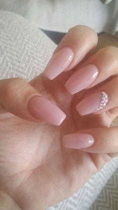Makeup tips Nails Bride nails, Diamond nails, Bridal nails quinceanera nail ideas - Nail Ideas Wedding Nails For Bride, Bride Nails, Wedding Nails Design, Glitter Wedding, Wedding Manicure, Wedding Hairs, Wedding Makeup, Bridal Pedicure, Pink Pedicure