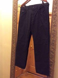 Boss Hugo Men's Jeans Size 36/32  #HUGOBOSSJeans #ClassicStraightLegJeans #HUGOBOSS #ClassicStraightLeg #BOSS #HugoBossJeans #BossJeans #Jeans #MensJeans #Size36x32