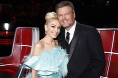 Video: Blake Shelton and Gwen Stefani release an acoustic version of their hit duet 'Nobody But You' Blake Shelton Gwen Stefani, Blake Shelton And Gwen, Gwen Stefani And Blake, Blake Shelton First Wife, Gwen And Blake, Gavin Rossdale, Old Singers, Miranda Lambert, Nick Jonas