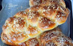 Τσουρέκια με φυσικό προζύμι - cretangastronomy.gr Doughnut, Pancakes, French Toast, Bread, Breakfast, Desserts, Food, Morning Coffee, Tailgate Desserts