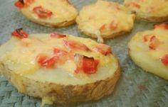 Συνταγή: Καναπεδάκια με ροδέλες πατάτας Baked Potato, Party Time, Cheesecake, Muffin, Food Porn, Potatoes, Baking, Breakfast, Ethnic Recipes