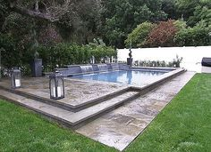 Celeb Digs - Guiliana And Bill Rancic's Pool