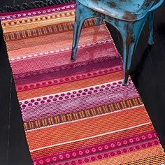 räsymatto Weaving Projects, Weaving Art, Weaving Patterns, Loom Weaving, Hand Weaving, Rug Loom, Textiles, Recycled Fabric, Carpet Design