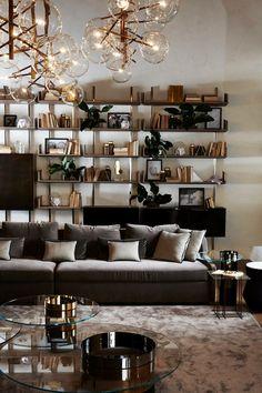 "Sofá ""First"", mesas ""Haumea"" y librería ""Brera"", todo de GALLOTTI & RADICE, diseño de Massimo Castagna. #isaloni #isaloni2016 #MDW2016 #salonedelmobile #GallottiRadice #MassimoCastagna"