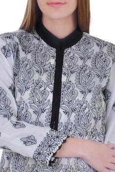 White and Black Hand Embroidered Chikankari Suit Embroidery On Kurtis, Hand Embroidery Dress, Kurti Embroidery Design, Embroidery Fashion, Hand Embroidery Designs, Embroidery Ideas, Neckline Designs, Blouse Designs, Chikankari Suits