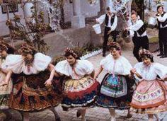 Easter Folk Customs in Hungary Folk Costume, Costumes, Traditional Outfits, Hungary, Victorian, Easter, Beautiful, Clothing, Places