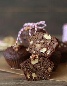 Muffins de Alfarroba no frasco, uma receita deliciosa, vegan e perfeita para oferecer no natal ou para comer em qualquer altura do ano.