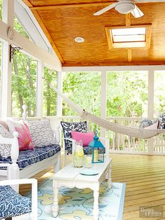 Vintage furniture with fresh white paint + navy and fuschia color palette | Screened Porch Cottage Style