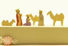 Tiny Wise men Set for Nativity -- 3 kings and 3 camels; Christmas set. Original design, eco-friendly Baltic birch plywood. Holiday decor