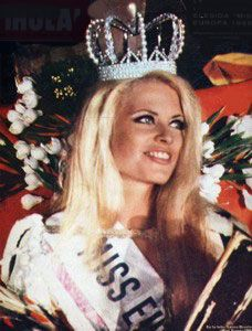 Leena Brusiin Finland (s. 1946 Turku) on vuoden 1968 Miss Suomi ja Miss… Anglo Saxon History, Time Images, Own Goal, Country Lifestyle, Beautiful Inside And Out, City Girl, Vintage Ads, Finland, My Style
