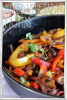 Mixed Vegetables Fajitas Have a fajita party in your own home. This quick and easy vegan fajita recipe can be customized however you like with endless topping options. Fajitas Vegan, Vegan Fajita Recipes, Vegetarian Fajitas, Veggie Fajitas, Fajita Vegetables, Mixed Vegetables, Veggie Recipes, Mexican Food Recipes, Vegetarian Recipes