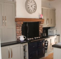 Kitchen in Hardwick White...from Modern Country Style blog: Colour Study: Farrow and Ball Hardwick White