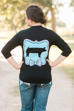 Bow Tie Pig Shirt - Stock Show Sweethearts