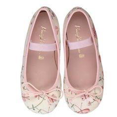 zapatos color rosa tierno
