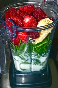 Simply Strawberry Green Smoothie - my new favorite meal replacement! Ingredients:  2 cups frozen strawberries   1/2 frozen banana   2 tablespoons flaxseeds   3 cups fresh organic baby spinach    1 cup unsweetened vanilla almond milk