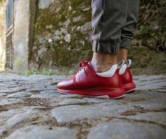 Red sneakers to hit the road Red Sneakers, Pop, Color, Fashion, Loafers & Slip Ons, Men, Different Types Of, Moda, Popular