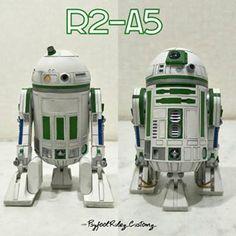 #customdroidハッシュタグ - Instagram • 写真と動画 Star Wars Film, Star Wars Droiden, Star Wars Canon, Star Wars Fan Art, Lego Robot, Robots, R2 Unit, Star Wars Pictures, Death Star