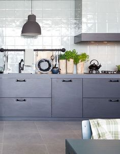 What's Hot Now: Kitchen Renovating & Redecorating Ideas | Apartment Therapy