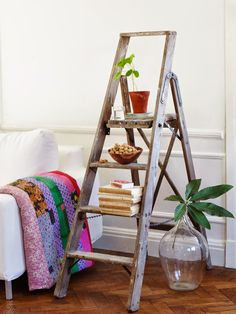 Sanna & Sania: september 2014 Ladder Shelf Decor, Earthy Home, Recycled Decor, Beautiful Interiors, Decoration, Home Furniture, Living Room Decor, Home Improvement, Sweet Home