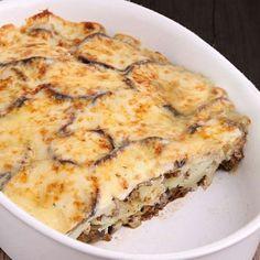 moussaka1 Moussaka, Greek Recipes, Empanadas, Bon Appetit, Lasagna, Vegan Vegetarian, Quiche, Food And Drink, Pasta